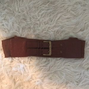 Brown tan faux leather elastic mod style belt